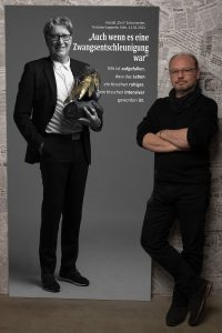 """Leinwandportrait von Harald """"Toni"""" Schumacher beim Projekt #derstadtbestes von Thomas Ahrendt, Studio157"""
